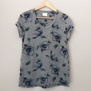 Anthropologie T.LA Floral grey tee Size M